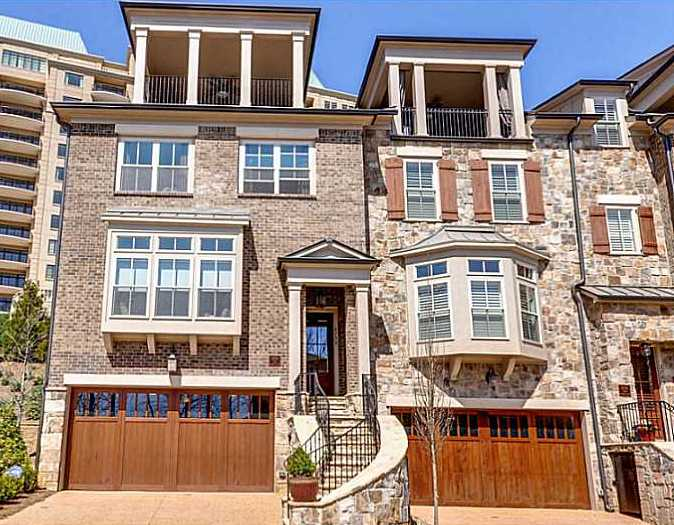Townhomes In Vinings Paces View