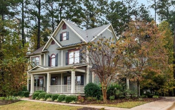 home-in-starr-lake-community-acworth-ga